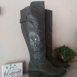 Gray Riding Boots Sz 7